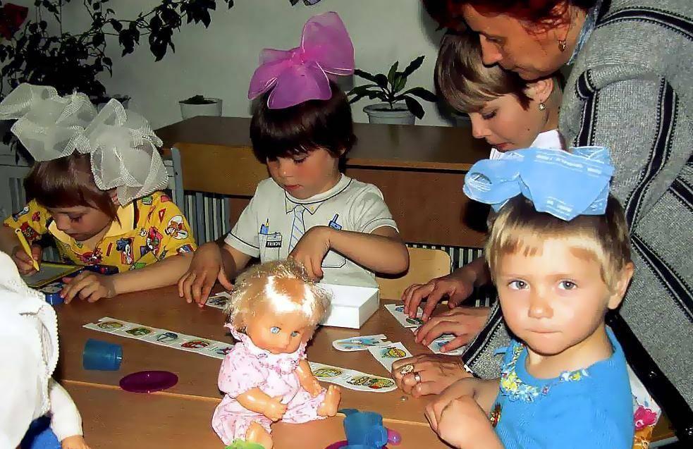 Паззлы, конструкторы и наборы для творчества: развиваем малыша