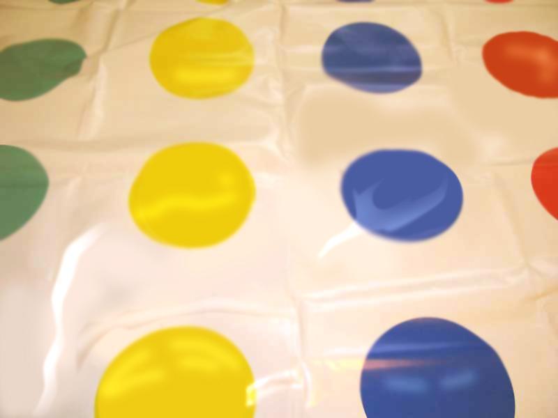 Твистер - веселая игра для детей и взрослых! Развитие двигательных функций