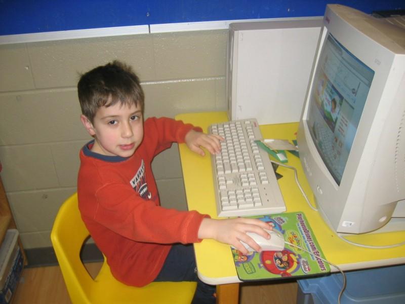 Графические редакторы для развития воображения, навыков  рисования, оформления фотографий. Обзор наиболее удачных графических редакторов для малышей, их основные характеристики