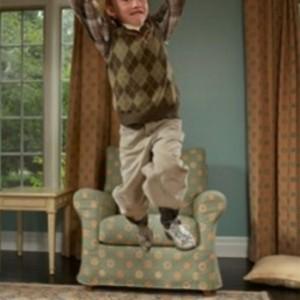 Статья о характеристике гиперактивного ребенка, основных особенностях поведения и способах общения с таким ребенком