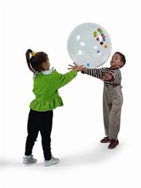Какие навыки развивают различные игры с мячом и в какие игры можно играть с детьми в зависимости от их возраста