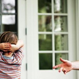 Детский аутизм – редкий вид психического расстройства у детей. Но, думаю, родителям стоит знать про него чуточку больше. Не зря говорят: посвящен – значит вооружен.