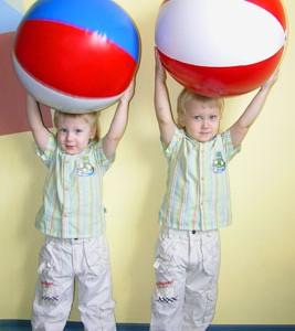 Что такое надувные игрушки, какие бывают, для каких игр предназначены