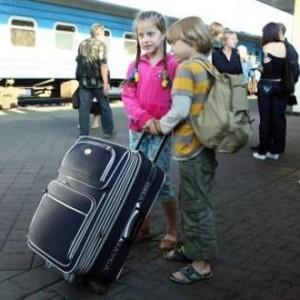 Поездка на поезде с ребенком. Как сделать путешествие приятным и комфортным для всех. Что следует с собой иметь
