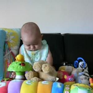 Что такое развивающие игрушки, нужны ли они детям, опрос
